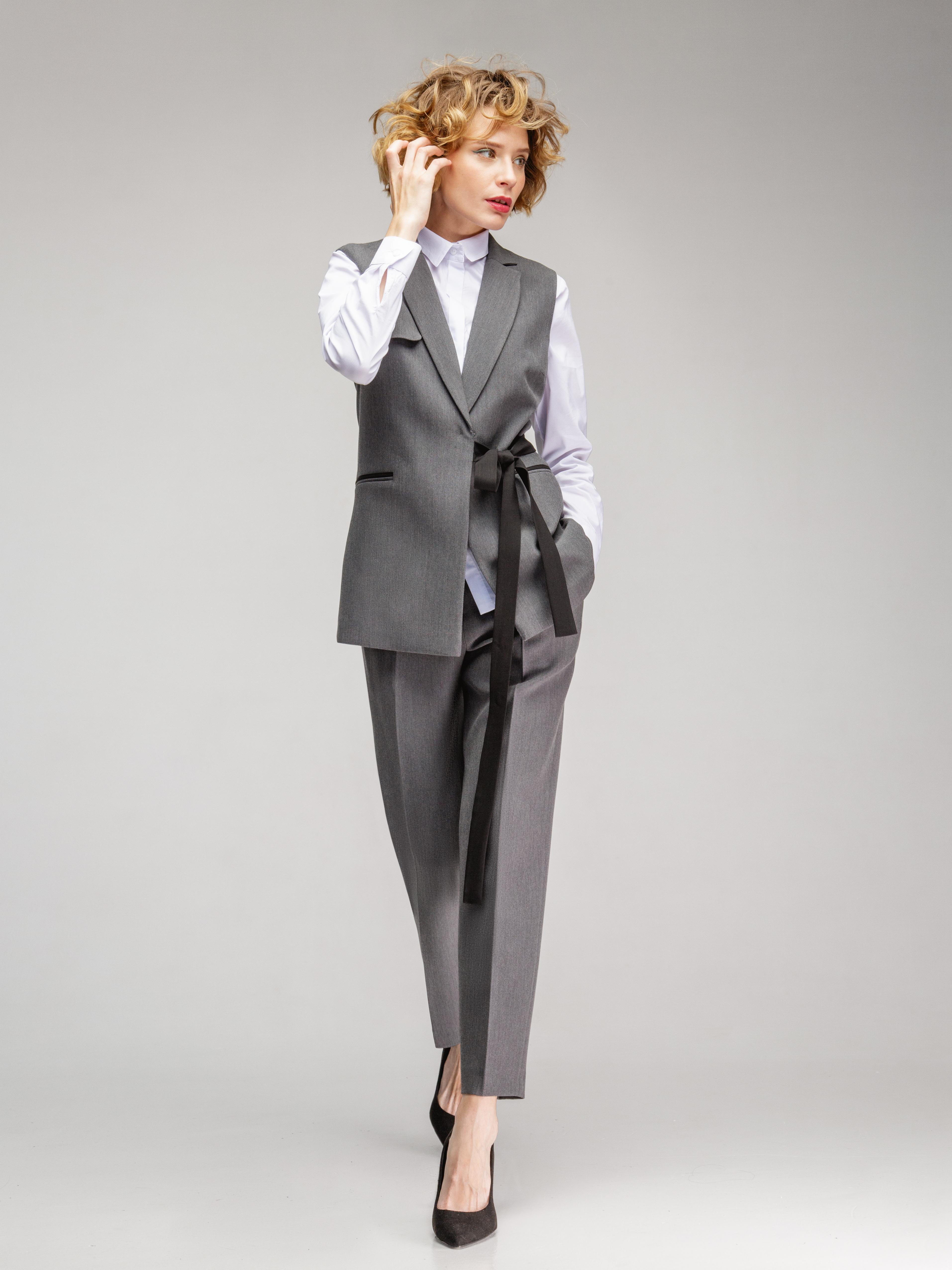 Картинки стильные женские костюмы